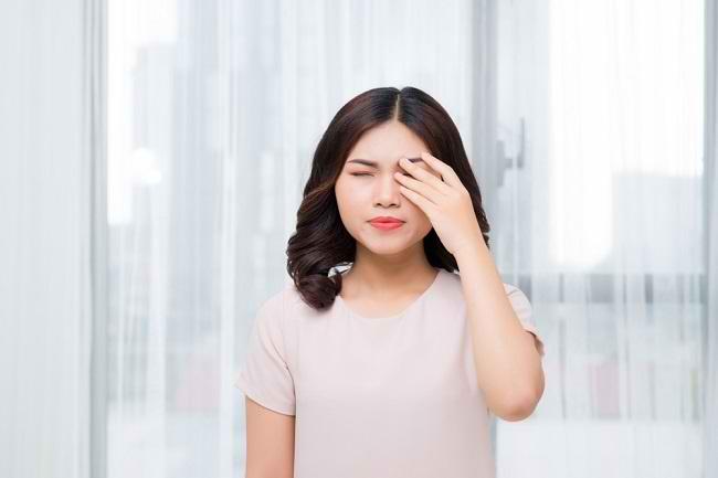 Penyebab Gejala dan Cara Mengobati Tumor Mata